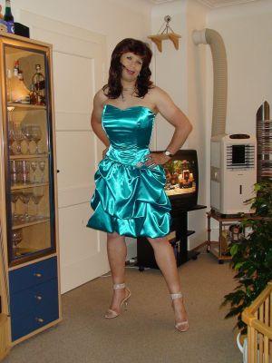 erotikfind.ch | Unberührte Transe aus Basel sucht Sex Treffen