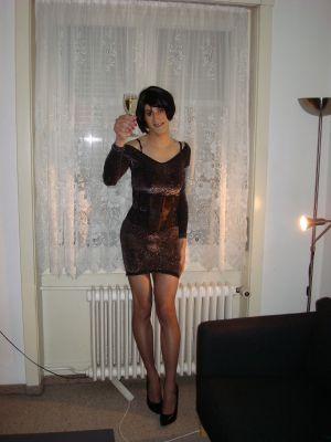 Attraktive Transe aus Basel sucht Sex Abenteuer