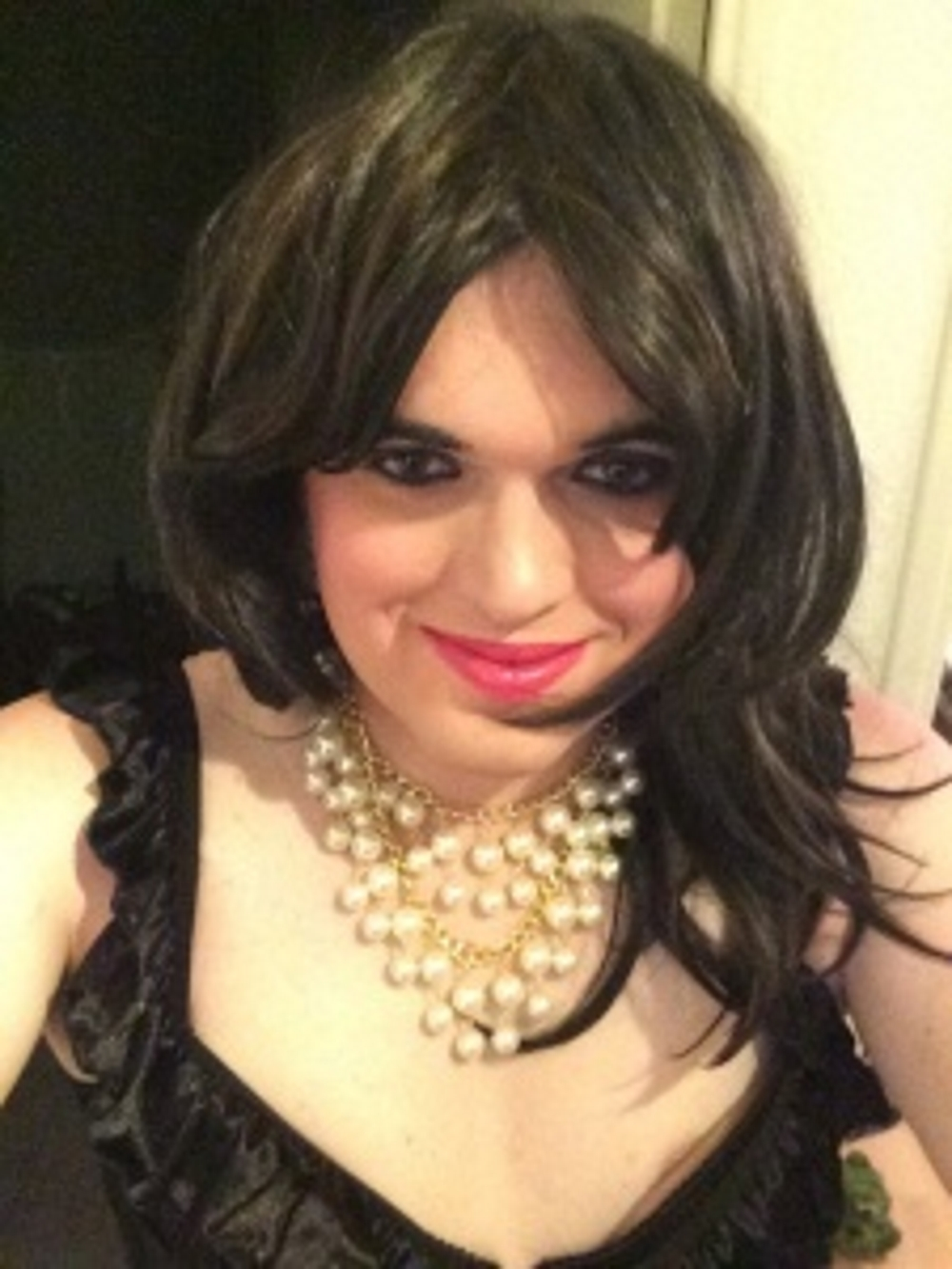 Geile Trans TV Sklavin Rebecca aus Meyrin (GE) sucht TV Erziehung
